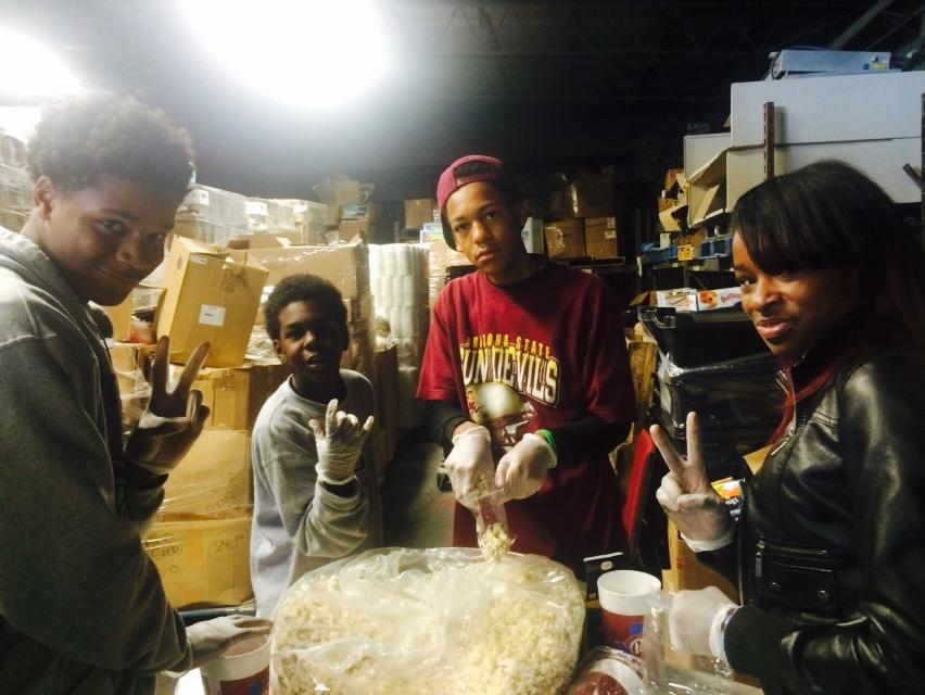 2014 Youth Service Project2014 Youth Service Project